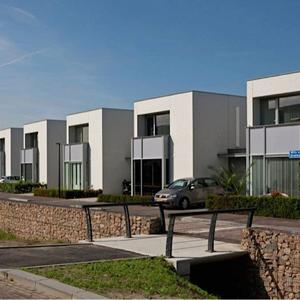 Janssen Aannemers project voorpagina rij huizen