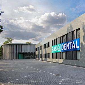 Voorpagina klein Basic Dental